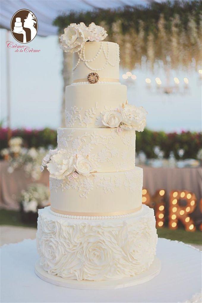 The Wedding Cake of Julius & Melita by Creme de la Creme Bali - 002