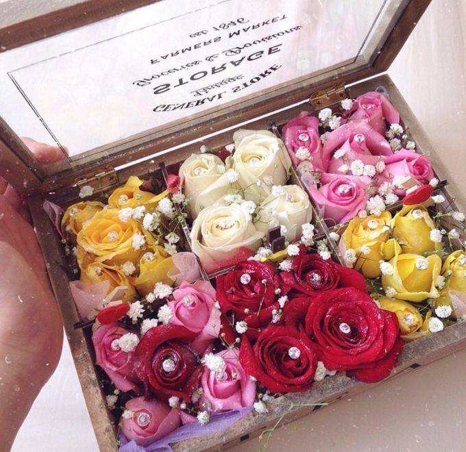 Flower gift and box by Love Flower - 001