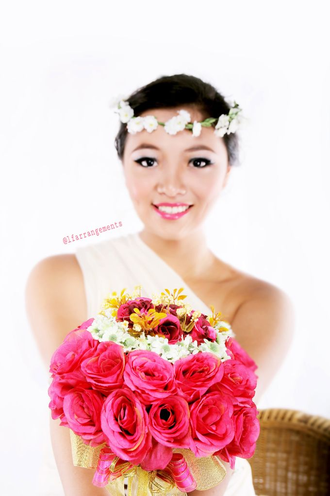 Wedding bouquet photography by Love Flower - 006