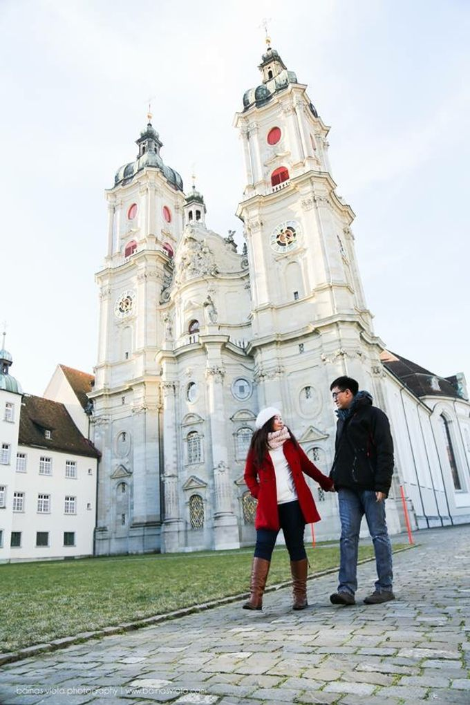 Engagement Session in Europe by Barnas Viola Photography - 001