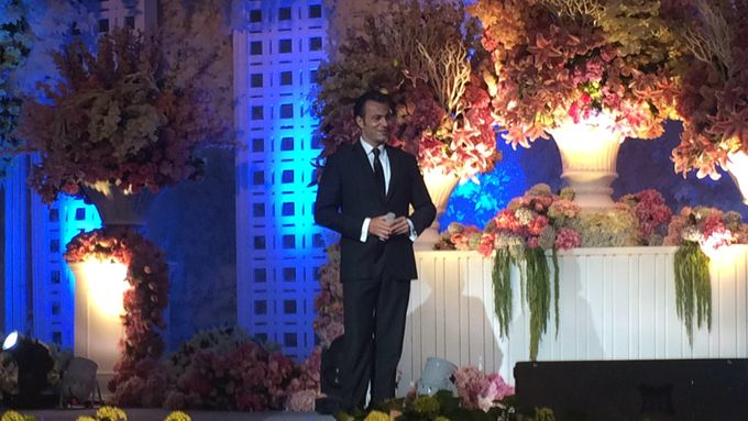 Wedding in Shangrila Surabaya by Tarik The Tenor ( The Luxury Entertainment ) - 004