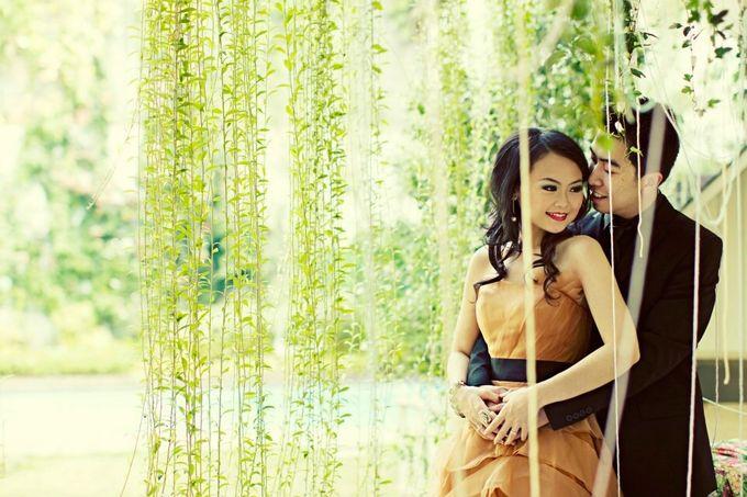 Prewedding Raycent & Lina by Noveo Alexander Professional Makeup Artist - 002