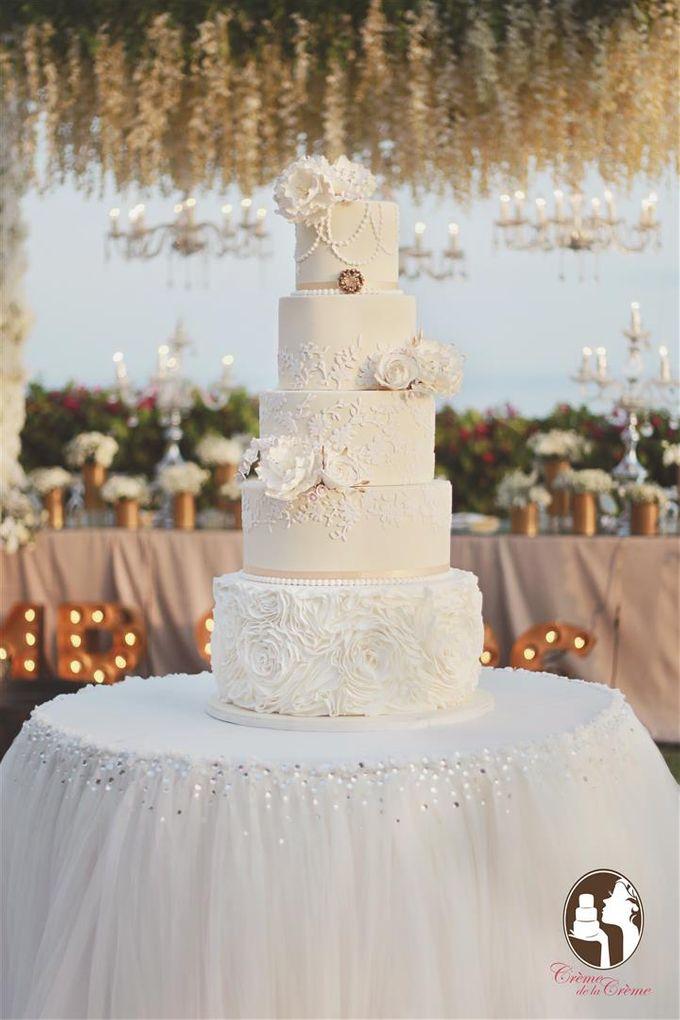 The Wedding Cake of Julius & Melita by Creme de la Creme Bali - 001