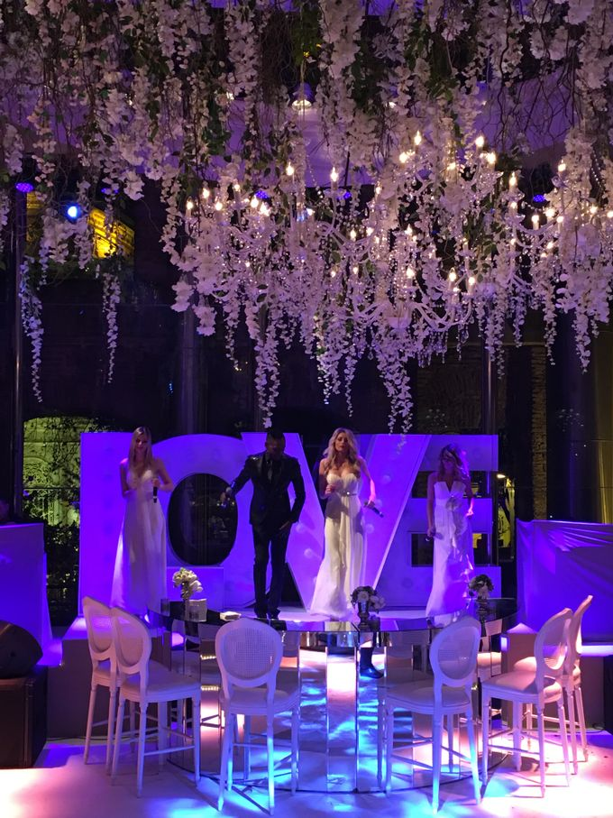 White dreams by d'lara Chocolate and Events - 002