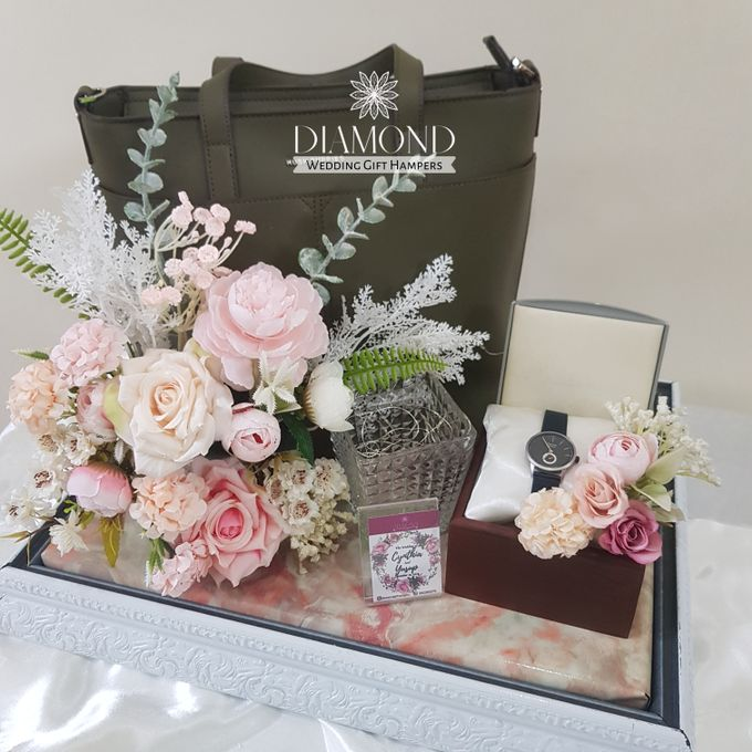 Seserahan by Diamond Gift Hampers - 033