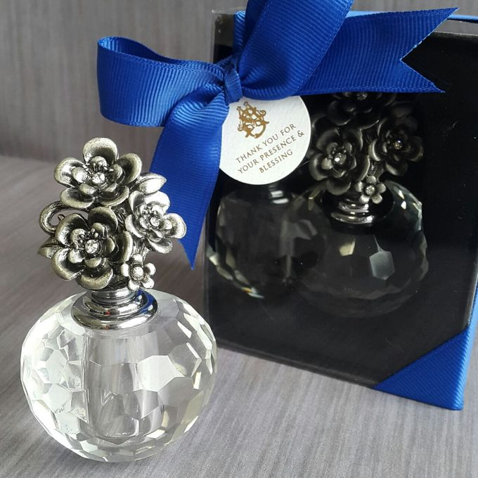 Parfume Bottle - Stephen & Mega by PRIVATE WEDDING ORGANIZER - 001