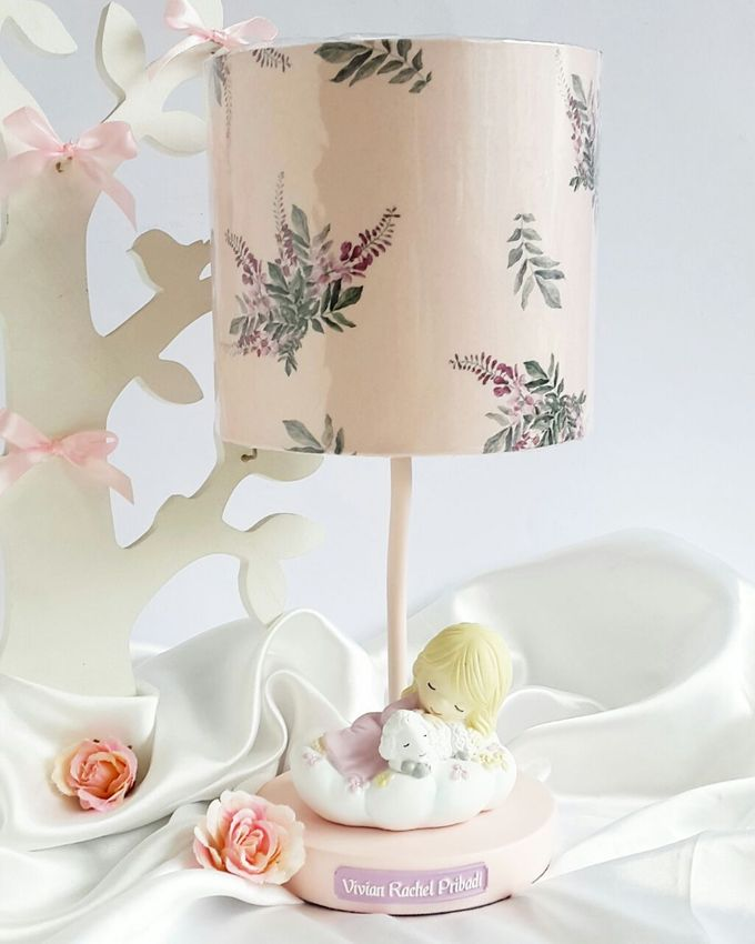Personalized Lamp - Vivian Rachel Pribadi by Red Ribbon Gift - 001