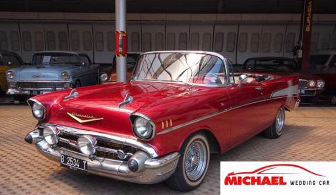Classic Wedding Car by Michael Wedding Car - 001