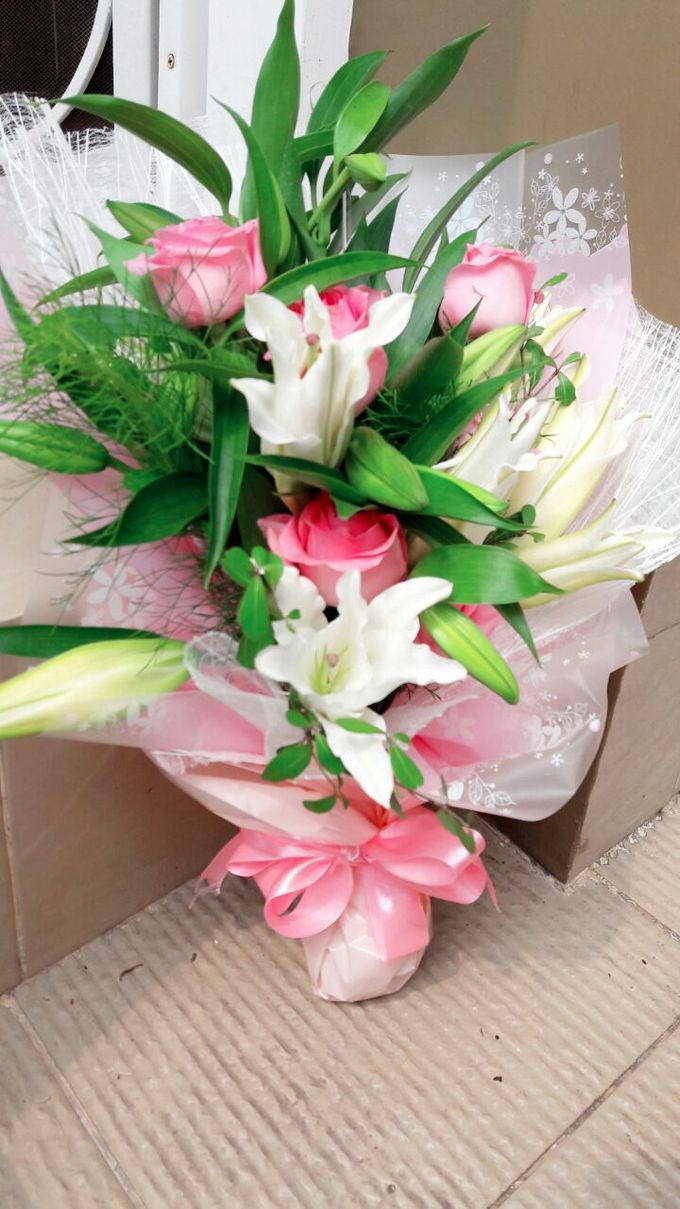 Deasy Florist - Custom Made Flower & Floral Arrangement by Deasy Florist - 014