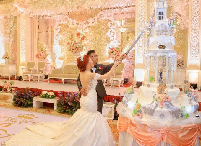 happy wedding for Ricky & Karlina by Pelangi Cake - 001