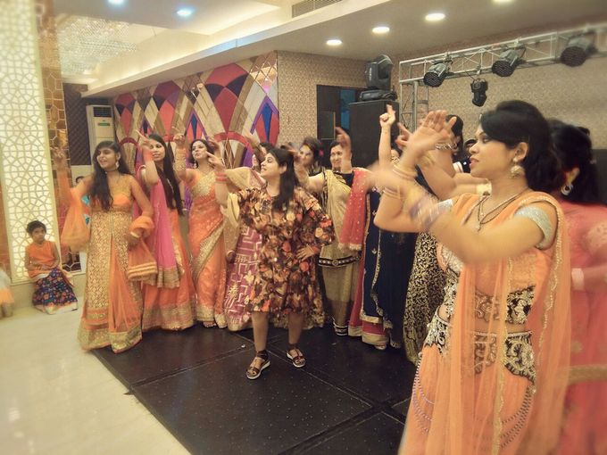 Wedding / Sangeet Choreography by Grooves & Moves With Sonam Khurana - 026
