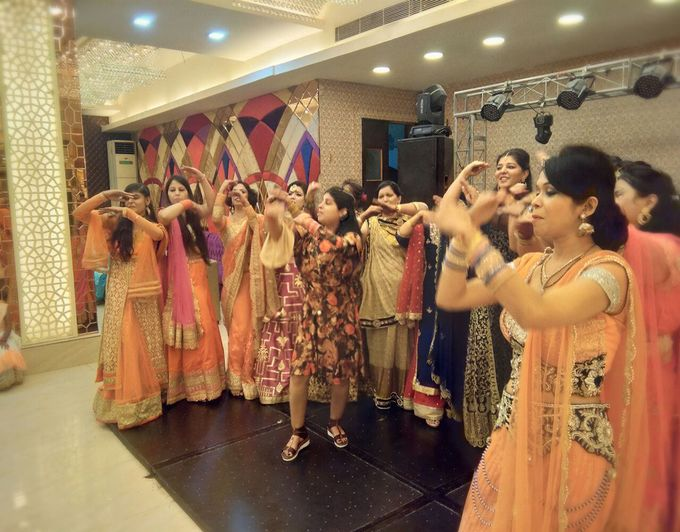 Wedding / Sangeet Choreography by Grooves & Moves With Sonam Khurana - 016