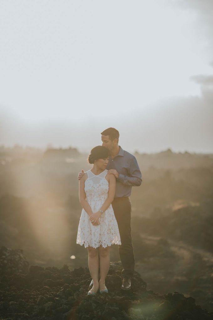 Ignacio & Mei Mei by Charlotte Sunny - 002