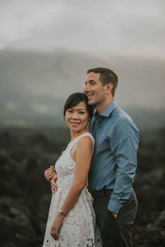 Ignacio & Mei Mei by Charlotte Sunny - 012