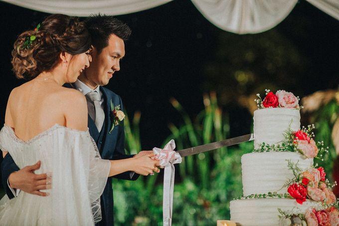 Wedding Day of Willy & Alviana by Edelweis Organizer - 010