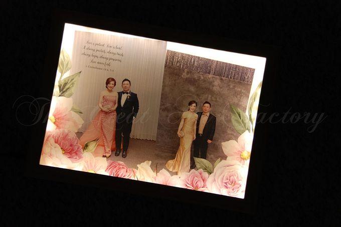 Illuminated Frame by TGAF (The Great Art Factory) | Bridestory.com