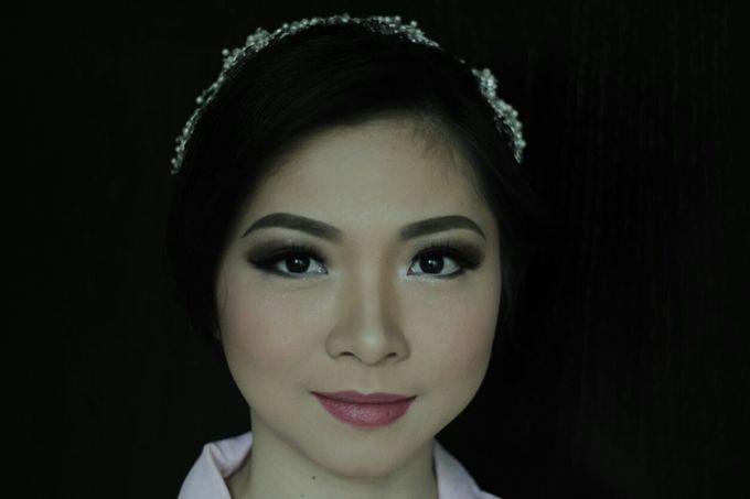 Makeup & Hairdo For Sister Of The Bride By Oscar D by Oscar Daniel - 010