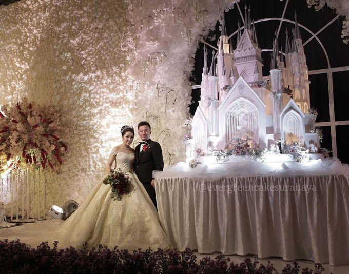 Castle Wedding Cake.Evergreen Castle Wedding Cake By Evergreen Cake Boutique