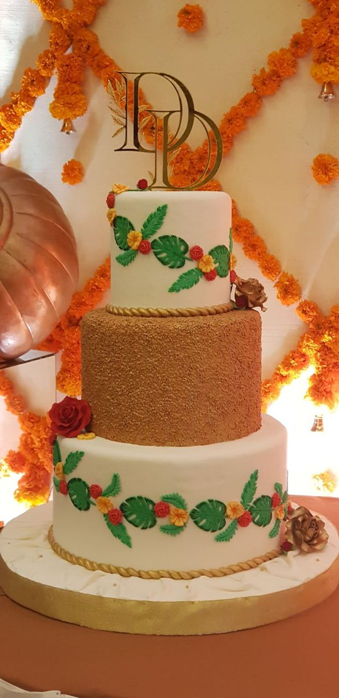 #DD Engagement Cake by Cakes 'n' Bakes - 002