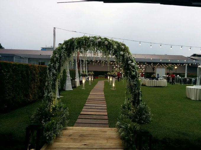 Ballroom By Hotel Ibis Jakarta Sentral Cawang Bridestory Com