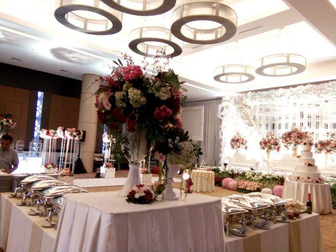 Wedding At The Vida Ballroom by Bali Indah Catering - 003
