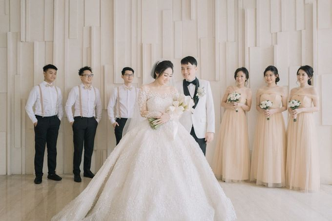 Graceful Wedding Of Hantono & Winda by All Occasions Wedding Planner - 007