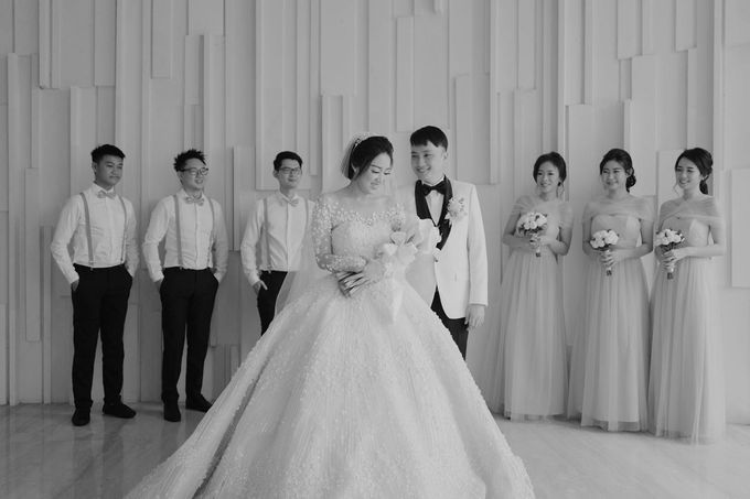 Graceful Wedding Of Hantono & Winda by All Occasions Wedding Planner - 002