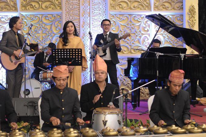 The Wedding Of Puti & Chaidir by Wong Akbar Photography - 006