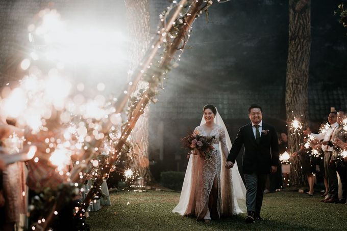Eliza & Steven Wedding At PineHill Cibodas by Pine Hill Cibodas - 024