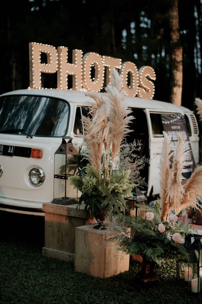 Eliza & Steven Wedding At PineHill Cibodas by Pine Hill Cibodas - 015