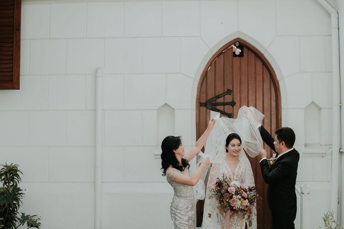 Eliza & Steven Wedding At PineHill Cibodas by Pine Hill Cibodas - 010