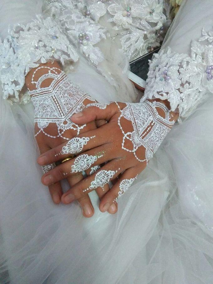 White Henna by Ikkie henna art - 012