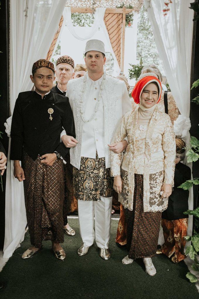 Wedding of Adisty & Gregory by Azila Villa - 010