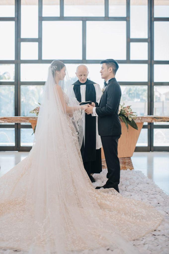 John & Karyn wedding by Vivi Valencia - 004