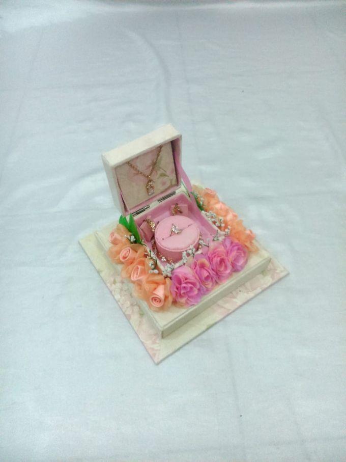 Kotak Perhiasan Kecil by Rieens Box N' Craft - 001