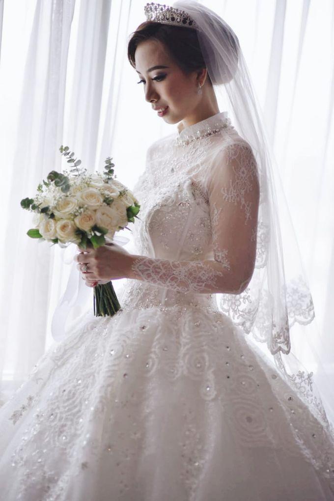 Mega's Wedding Makeup by Oscar Daniel - 003