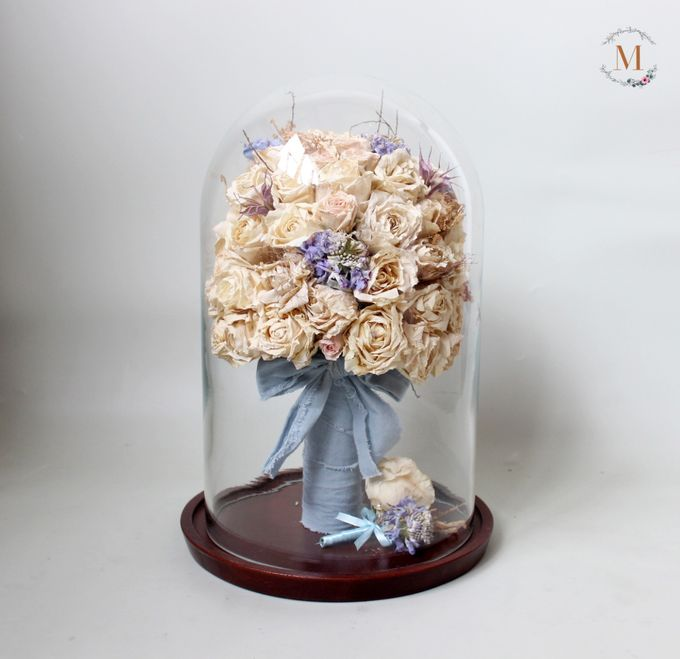 Glass Dome Dried Flower by Magnolia Dried Flower - 007