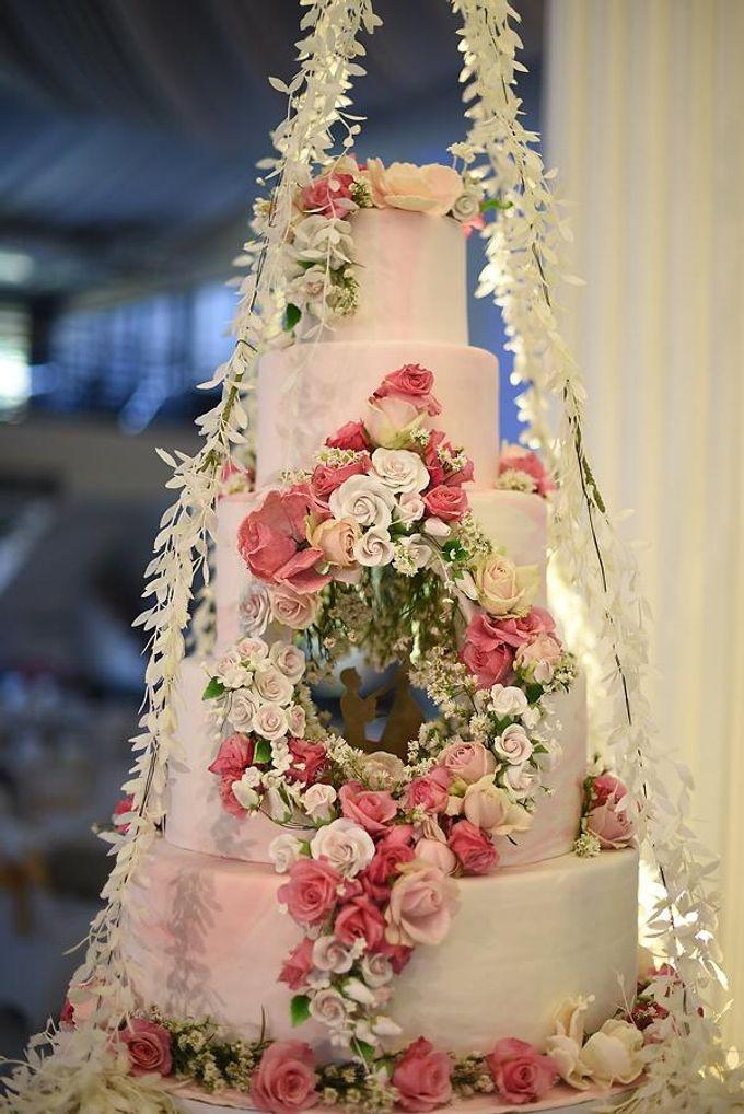 Hanging Cake... by Sugaria cake - 002