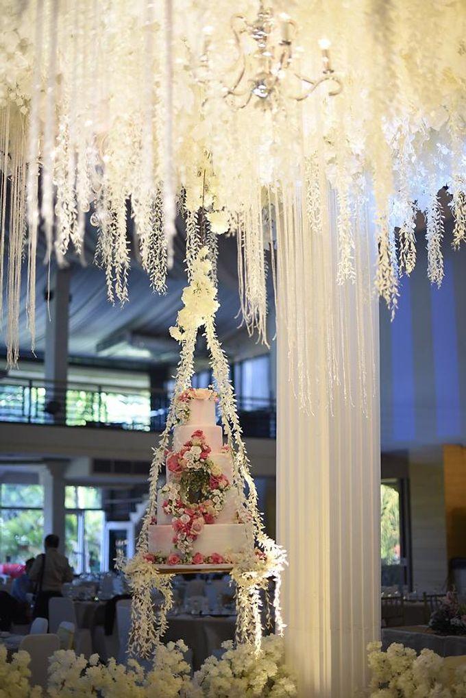 Hanging Cake... by Sugaria cake - 006