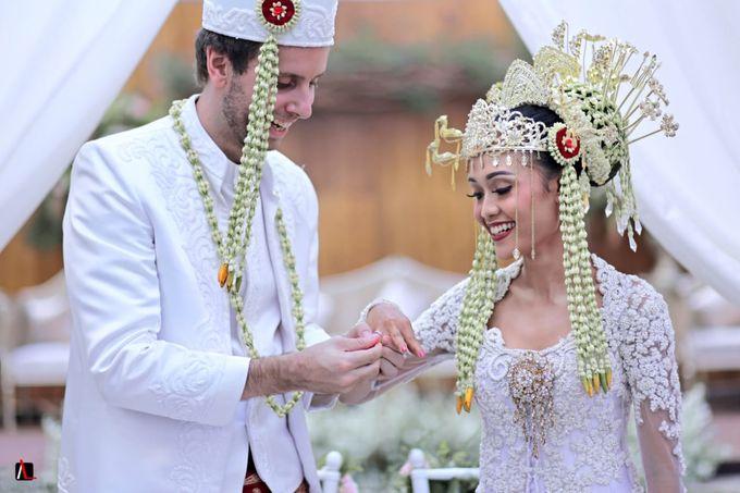 13.10.18 - The Wedding Of Putri & Bas by Sugarbee Wedding Organizer - 003