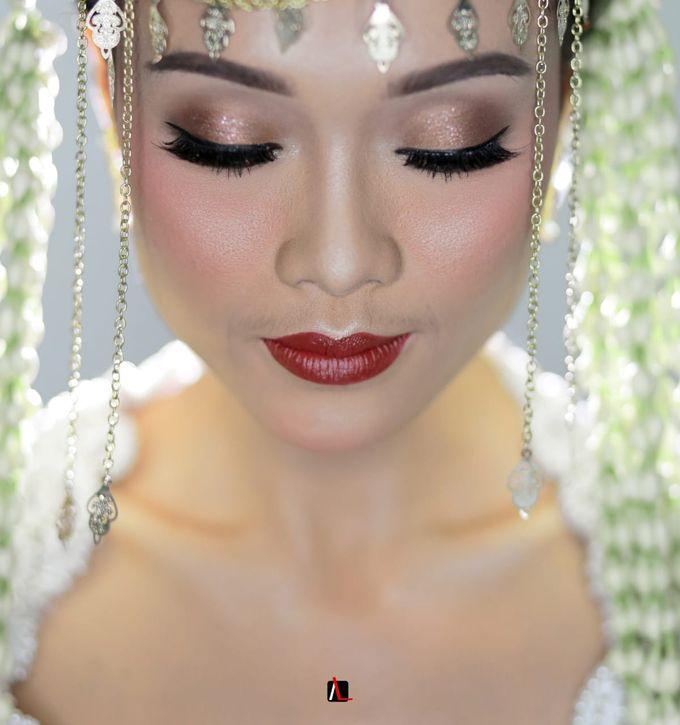 13.10.18 - The Wedding Of Putri & Bas by Sugarbee Wedding Organizer - 004