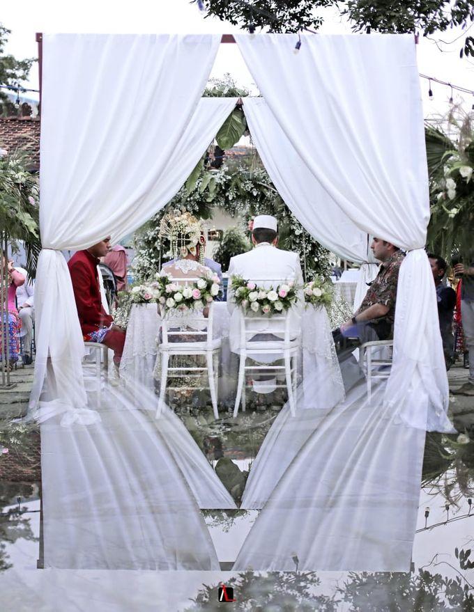 13.10.18 - The Wedding Of Putri & Bas by Sugarbee Wedding Organizer - 007