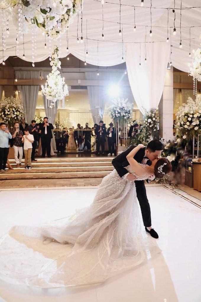Ritz Carlton PP - Ricksen & Giovanny by Maestro Wedding Organizer - 006