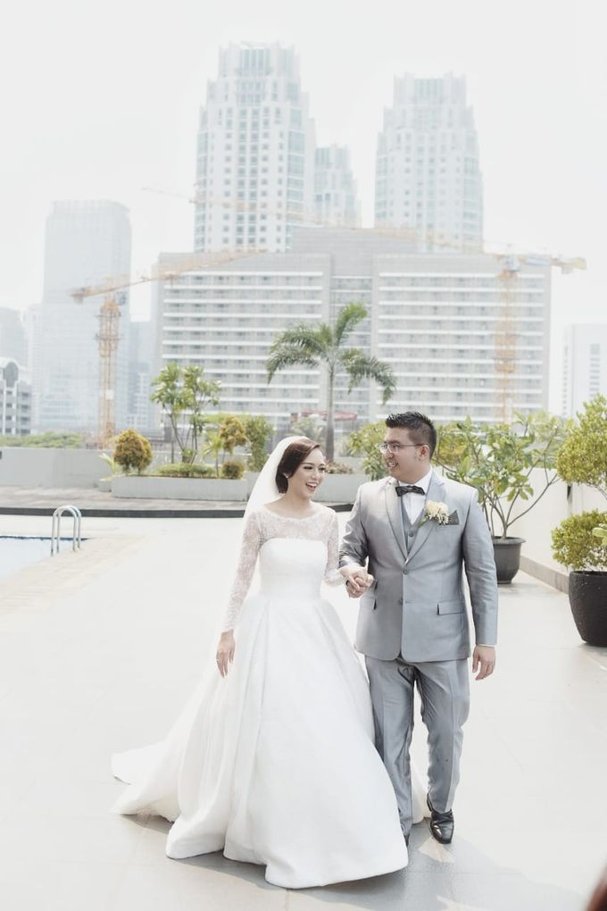 Clifford Gladys by Luminous Bridal Boutique - 009