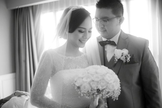 Clifford Gladys by Luminous Bridal Boutique - 005