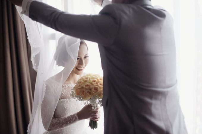 Clifford Gladys by Luminous Bridal Boutique - 010