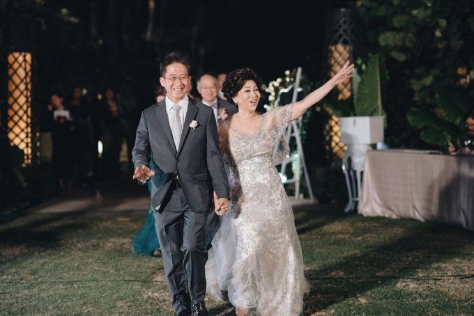 John & Karyn wedding by Vivi Valencia - 015