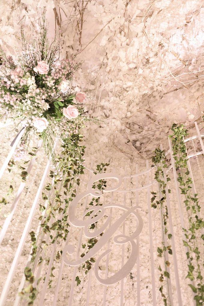 The Wedding Of Esmond & Bertha by Tinara Brides - 046