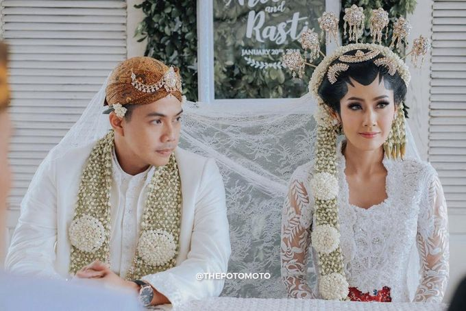 Ardina Rasti & Arie Dwi Andhika Perfect Outdoor Wedding by Thepotomoto Photography - 001