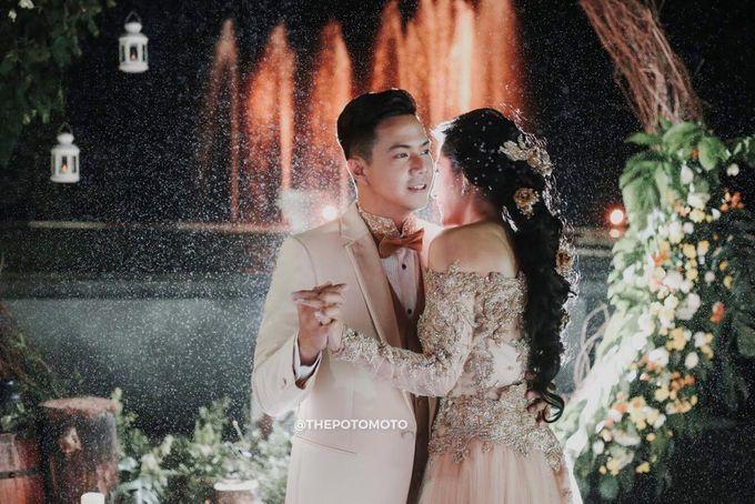 Ardina Rasti & Arie Dwi Andhika Perfect Outdoor Wedding by Thepotomoto Photography - 005